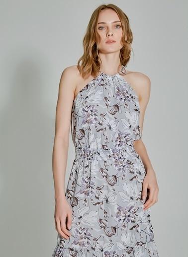 People By Fabrika Desenli Kolsuz Elbise Gri